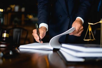 איך למצוא עורך דין אינטרנט מנוסה?